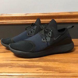 Nike Lunarcharge Sneaker - Black Size 11.5